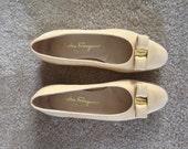 Size 6.5B Pastel Yellow Suede Leather Salvatore Ferragamo Vara Bow Flats
