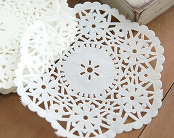 100 Cute Flower Lace Paper Doilies (4.5in)