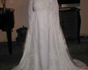 Vintage 1960's Wedding Dress Bridal Gown sz 4