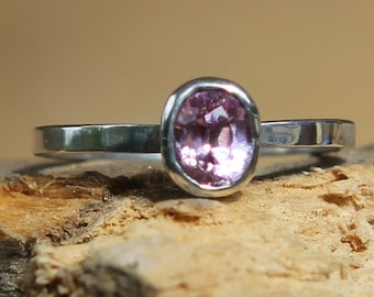 Hand Forged 1.0ct Natural Medium Pink Sapphire Solitaire SZ 8