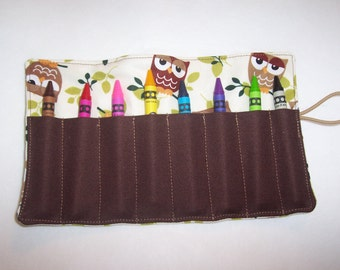Owl brown crayon roll up 8 count