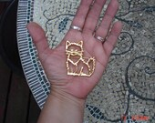 Vintage Gold tone Cat/Kitten Brooch/Pin - Sweet