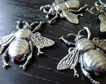 Destash (3) Lg Honey Bee Charm Pendant - for pendants, jewelry making, crafts, scrapbooking