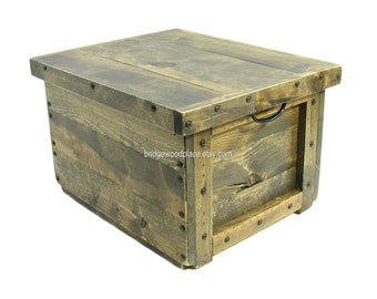 Lidded Wooden Box, Wood Crate Reversible Lid-Tray, Hope Chest, Memory Box, Keepsake Box, Wedding Card Box, Bin, Tote, Engraving Available