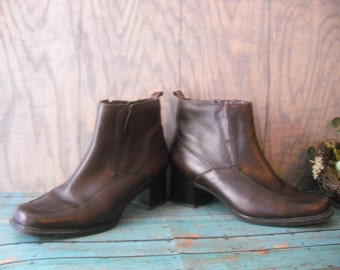Vintage Brown Leather Ankle boots Womens Size 8 BORELLI