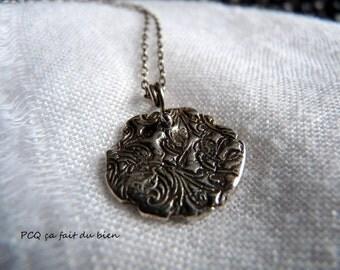 Romantic pendant