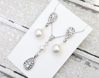 Pearl jewelry set, pendant and earrings, pearl and crystal vintage bridal drops
