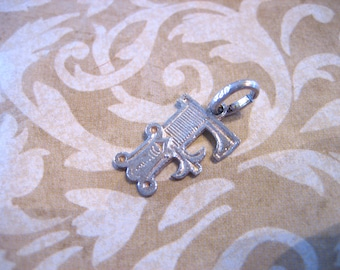 Vintage Sterling Silver Fancy F Initial Charm Pendant