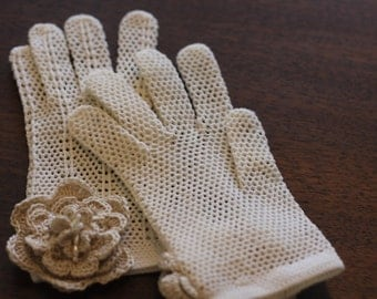Crocheted Vintage Gloves with Hand Crocheted Flowers