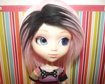 Light pink with black highlights faux fur wig hair for Pullip Taeyang