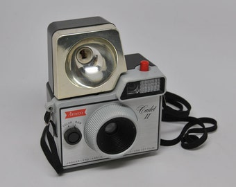 CAMERA, Ansco CADET II with Flash in Nice Condition