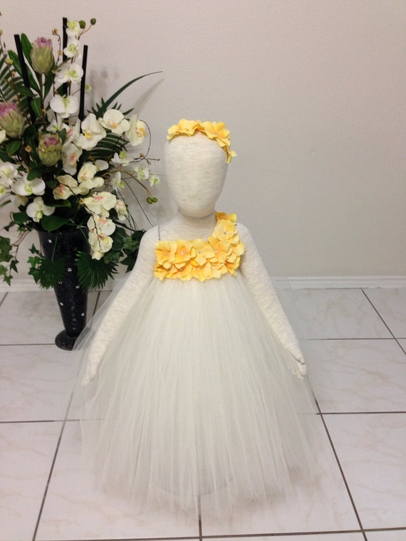 Yellow Hydrangea Fower Dress Wedding Dress Birthday Picture Prop 3, 6, 9, 12, 18, 24 Month, 2T, 3T,4T 5T 6T Ivory Flower Girl Tutu Dress