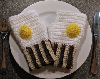 ON SALE - Bacon 'n Eggs Fingerless Mitts / Wristwarmers / Texting Gloves, Adorable Stocking Stuffer, Unique, Conversation Starter