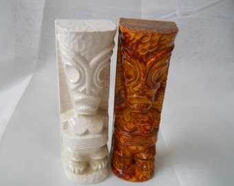 Tiki Salt and Pepper Shakers - Vintage, Collectible, Tiki