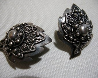 Vintage Silver Tone Leaf Ear Clips with Applied Decoration