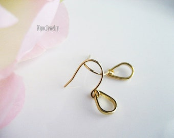 Tiny Gold Teardrop Earrings, Simple Earrings, Gold Earrings, Metal Jewelry, Petite Drop Earrings, Delicate Dangle Earrings, Jewelry Gift, e2