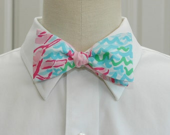 Men's Bow Tie in Lilly pinks and blues Lobstah Roll, lobster print bow tie, wedding bow tie, prom menswear, groom bow tie, preppy bow tie
