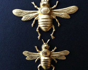 Brass Bee Stampings, Honey Bees, Jewelry Supplies, Insects, Set of 4