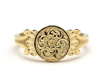 Gold Signet Ring / Engraved Floral Gold Signet Ring / Art Nouveau Ring / Womens Signet Ring / Vintage Signet Ring Yellow Gold