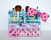 Hello Kitty  Makeup Brush Holder