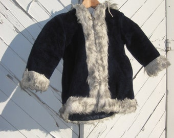 1970s Girls Hooded Winter Coat Navy size 3 yrs