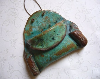 Old And Rustic Ceramic Wall Pocket