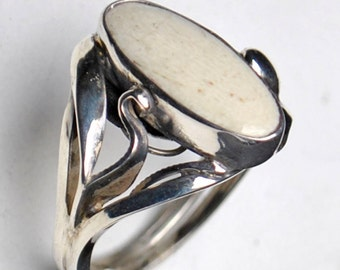 Lady Sharks Tooth Ring