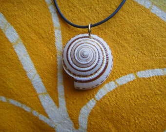 Spiral Seashell Medallion Pendant Beach Necklace Boho Surfer Hippie Jewelry
