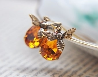 Honey Bee Earrings - Gold Bumble Bee Earrings - Bee Jewelry - Spring Jewelry -  Spring Wedding Jewelry - Drops of Golden Honey