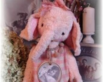 "30 cm Elephant Sewing Pattern ""Puppie"" PDF"