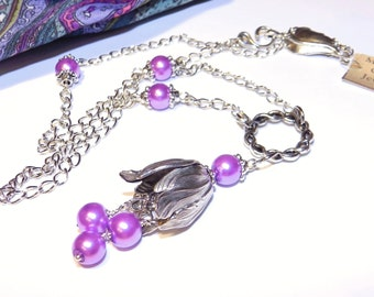 Ultraviolet Jewelry, Pearl Necklace, Pantone 2018 Color, Spring Jewelry, Purple Necklace, Flower Necklace, Dangle Necklace