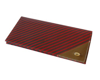 Gucci Red  & Green Diagonal Stripe Anniversary Collection Clutch Wallet Made in Italy