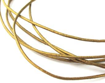 LRD0105054) 1 meter of 0.5mm Tota Metallic Round Leather Cord