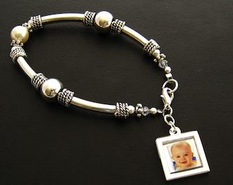 Bangle Photo Charm Bracelet, Personalized Grandmother Bracelet, Photo Bracelet, Mother Bracelet, New Mom Bracelet, Jewelry Gift for Mom