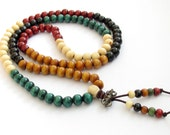 8mm x 7mm 108 White Yellow Green Red Black Colors Wood Prayer Beads Mala Rosary Necklace/Bracelet  ZZ236