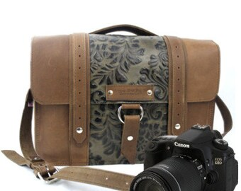"14"" Brown and Green Paisley Newport Ashbury Leather Camera Bag"