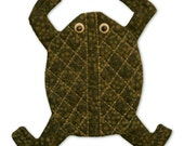 "FROG WALL HANGING - 6.5""h x 6.25""w - Small fiber artwork for a small place."