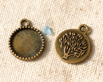 10 pcs  Antiqued Bronze Color Metal Pendant   with 14mm  Settings