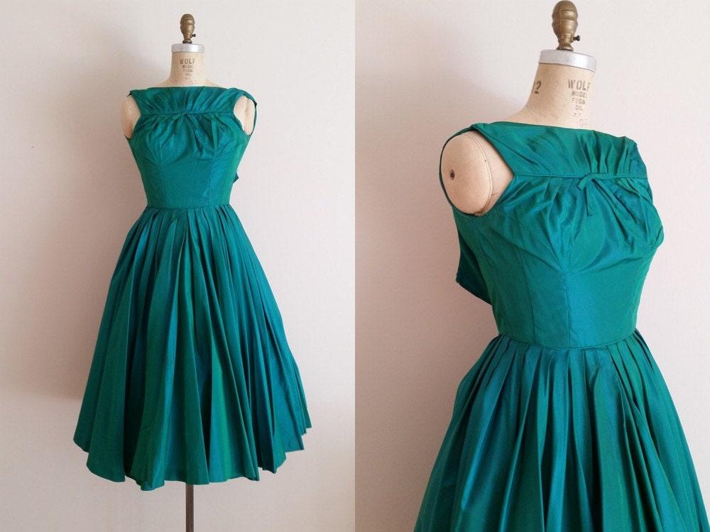Vintage 1950s Cocktail Dress Iridescent Emerald Green