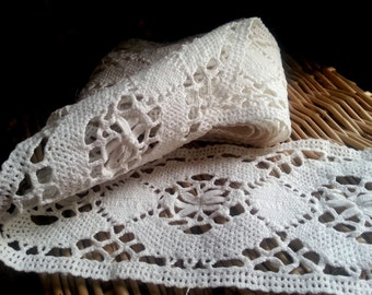 Vintage French hand knitted lace  trim