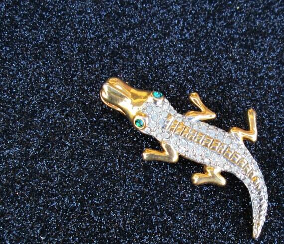 Alligator Vintage Brooch