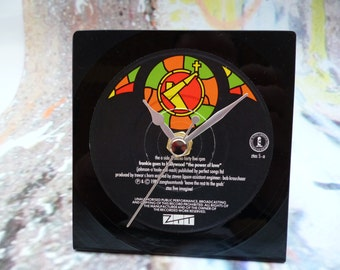 "FRANKIE Goes To Hollywood Record Clock ""The Power Of Love"" Original 1980s Pop Vintage Vinyl Desk Clock 7 inch Single"