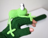 Original Design Cute Frog  gloves, Frog gloves,holiday finds, fingerless gloves ,children clothing, gift, birthday, boy, girl