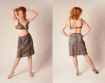 Vintage 1960s Lingerie Leopard Print - Jungle Beauty Half Slip - Vanity Fair Fashions Size M