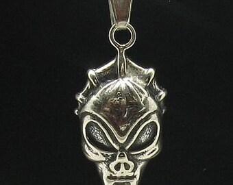 PE000561  Sterling silver pendant   925 skull devil biker solid