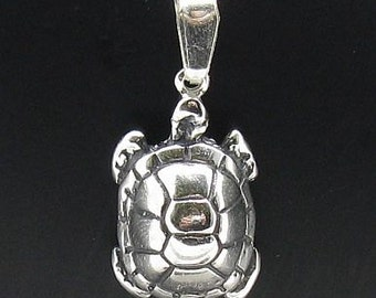 PE000522  Sterling silver pendant  charm turtle   925 solid
