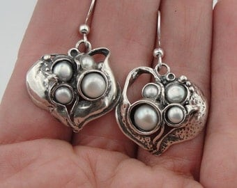 Stunning Handmade Sculpted Sterling Silver and Pearl Earrings (2118p)