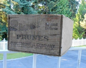 vintage wood box wooden fruit box orchard decor farm decor Daphne prune box farm chic country kitchen agricultural fruit pickers wood crate