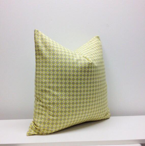 20 x 20 -  Strobe Citron/Grey - Pillow Cover