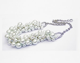 WHITE WEDDING Pearl Crystal Accent Necklace
